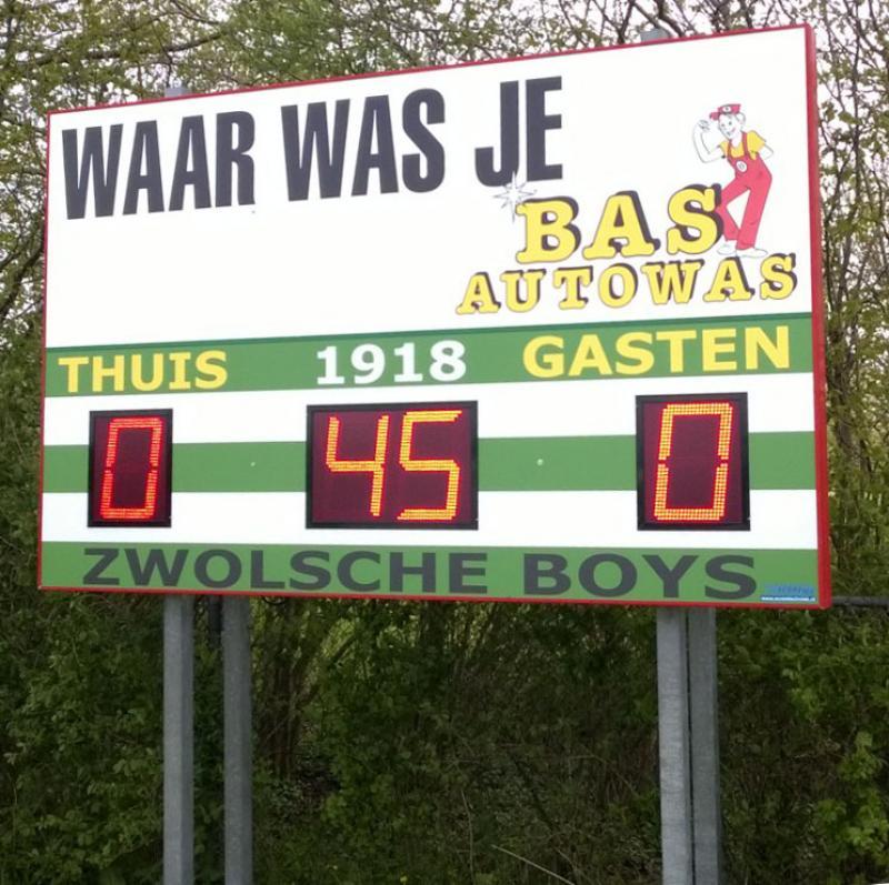 436 121 - Zwolsche Boys